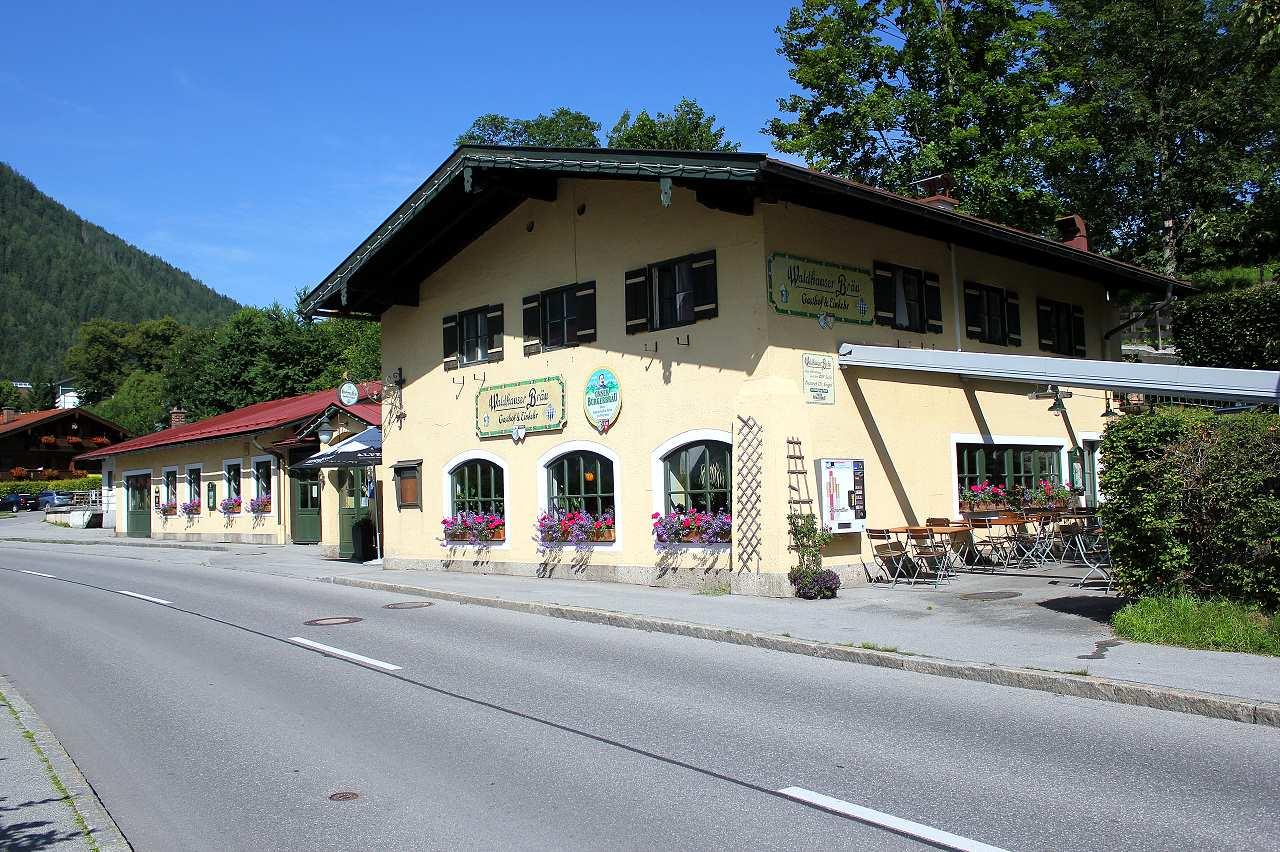 Gasthaus und Einker Waldhauserbräu in Schönau am Königssee im Berchtesgadener Land